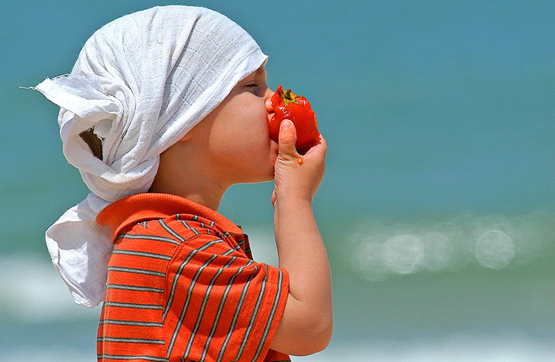"photo ""Simply..... MY SON With a TOMATO"" tags: portrait, children"