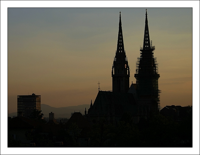 "photo ""Cathedral"" tags: architecture, landscape, sunset"