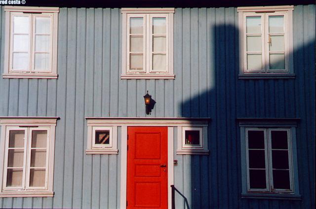 "photo ""BlueHouse"" tags: travel, architecture, landscape, Europe"