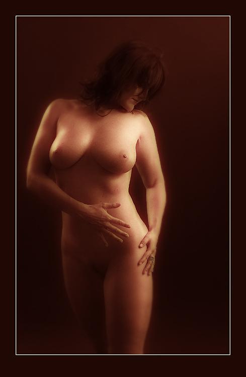 "photo ""030704"" tags: nude,"