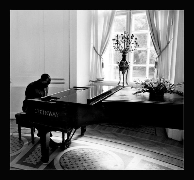 """фото """"piano"""" метки: черно-белые, портрет, мужчина"""