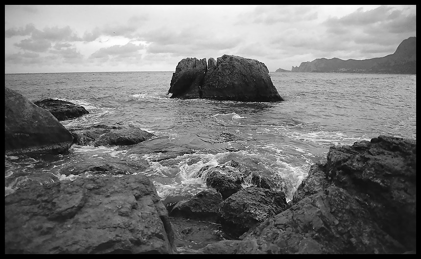 "photo ""***"" tags: landscape, black&white, water"