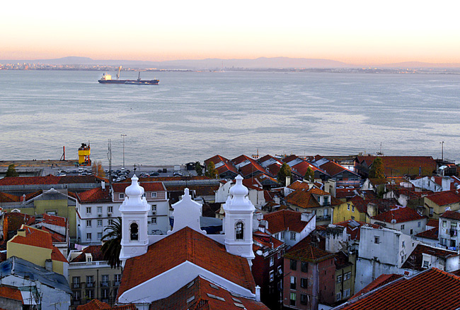 """photo """"""""Roofs of Alfama"""""""" tags: misc.,"""