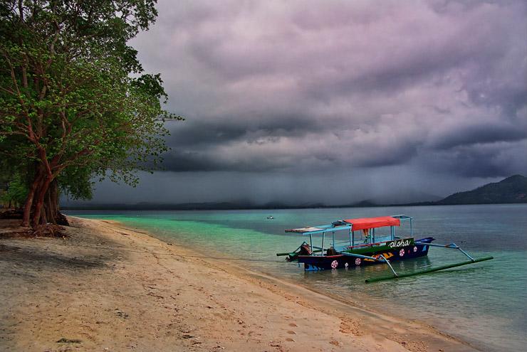 """фото """"Перед грозой. Indonesia"""" метки: пейзаж, вода"""