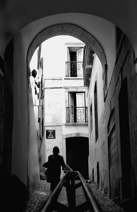 "фото """"Old streets of Lisbon""#21"" метки: разное,"