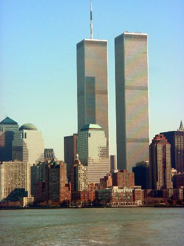 "фото ""twin towers april 2001"" метки: разное,"