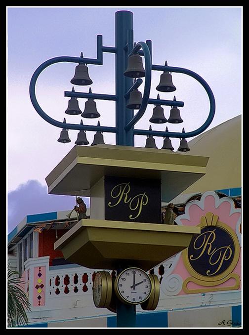 """фото """"Clock"""" метки: путешествия, архитектура, пейзаж, Южная Америка"""