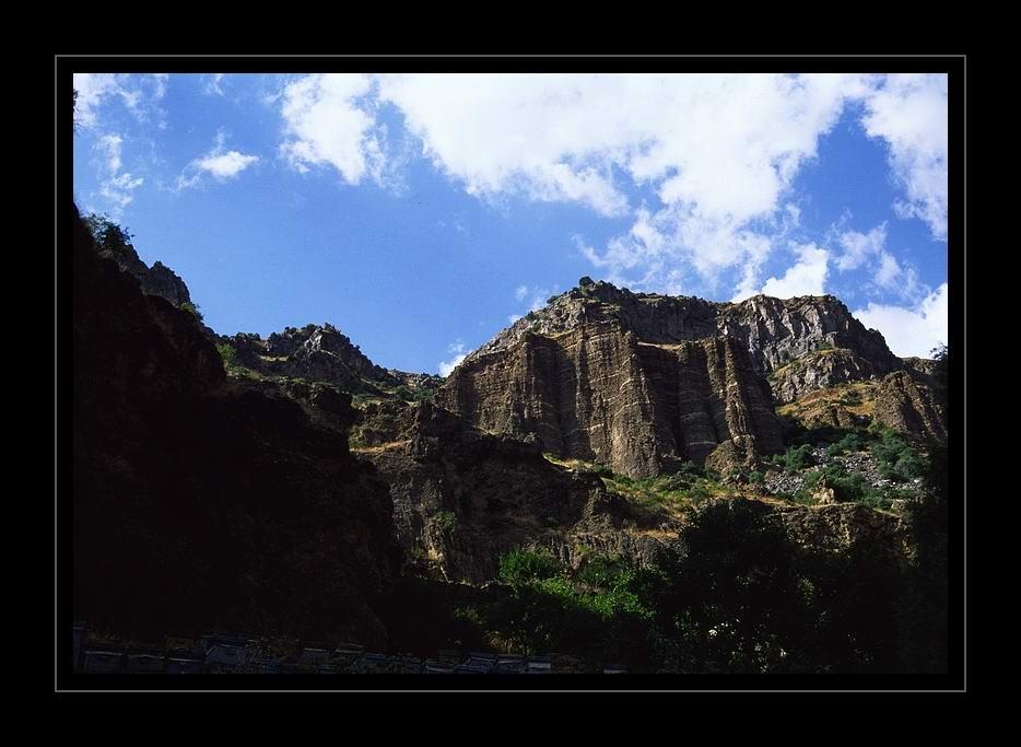 "фото ""Geghrard..."" метки: пейзаж, горы, лето"