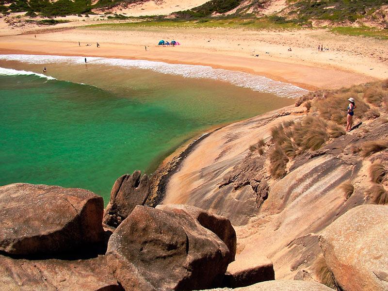 """фото """"Скалы, море и песок..."""" метки: пейзаж, вода, горы"""