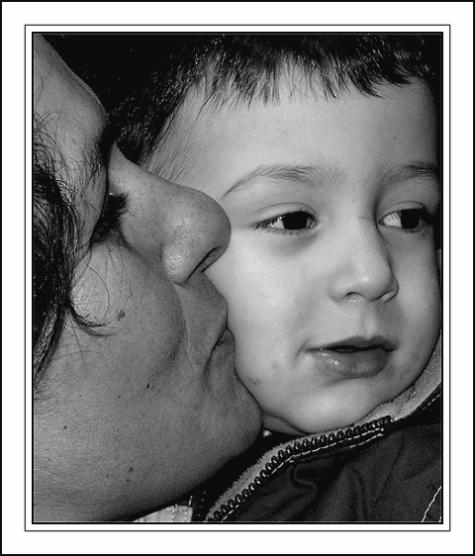 """фото """"* Tenderness *"""" метки: черно-белые, портрет, дети"""