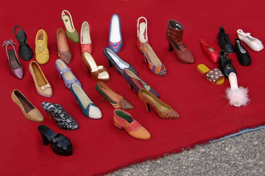 """фото """"29 shoes or... a personality test !"""" метки: натюрморт,"""