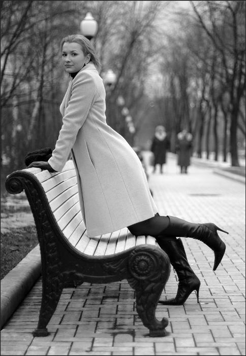 """фото """"о скамейках, фонарях и бабушках"""" метки: черно-белые, портрет, женщина"""