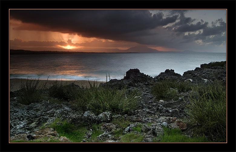 """фото """"Вечер на берегу"""" метки: пейзаж, вода, закат"""