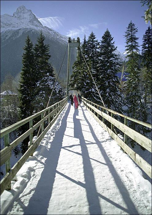 """фото """"Мост и ветkи облаков"""" метки: пейзаж, горы, облака"""