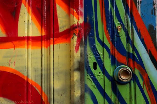 """фото """"Front door abstraction"""" метки: абстракция, архитектура, пейзаж,"""