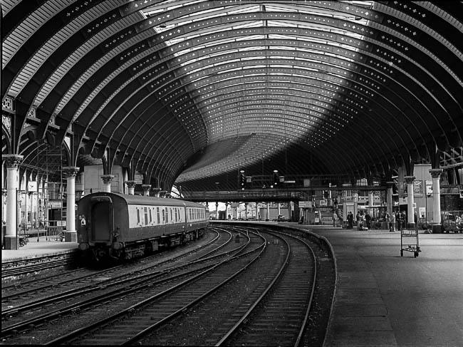 "фото ""RR Station, York Eng."" метки: путешествия, архитектура, пейзаж, Европа"