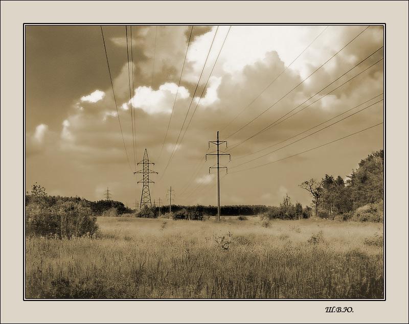 "photo ""under pressure"" tags: landscape, clouds"