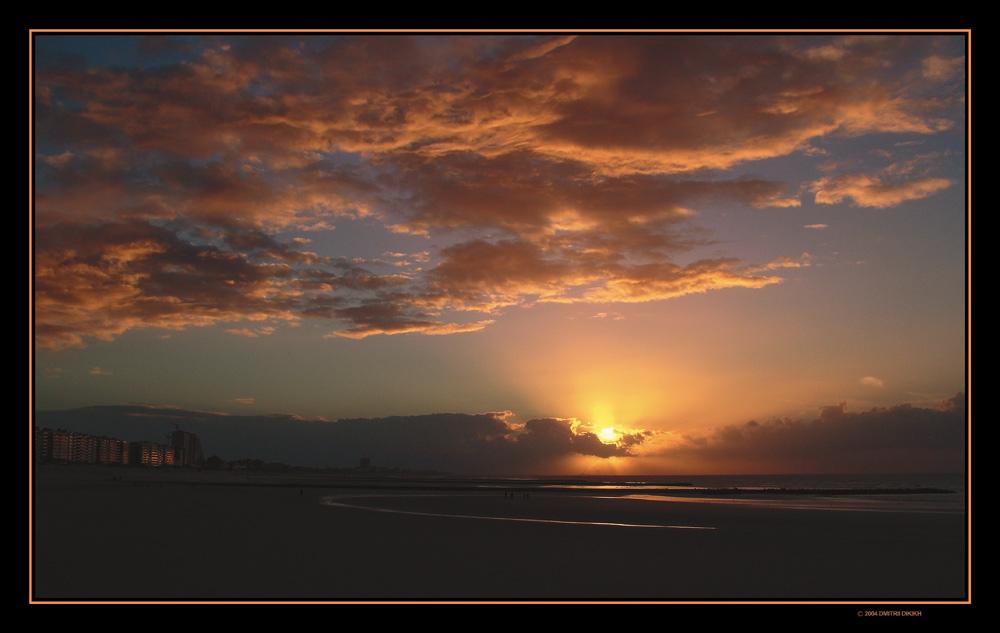 """фото """"Закат над морем."""" метки: пейзаж, закат, облака"""