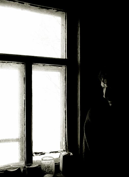 """фото """"у окна"""" метки: портрет, мужчина"""