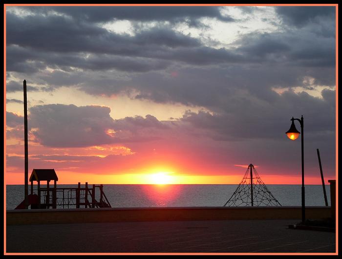 "фото ""Beach games"" метки: пейзаж, закат"