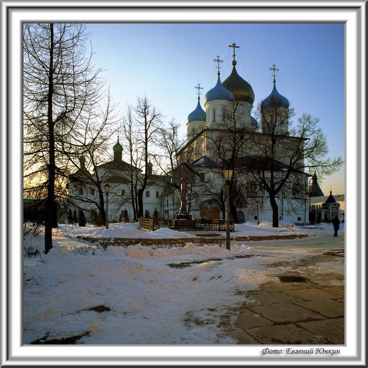 """фото """"Новоспасский монастырь. Двор"""" метки: архитектура, пейзаж,"""