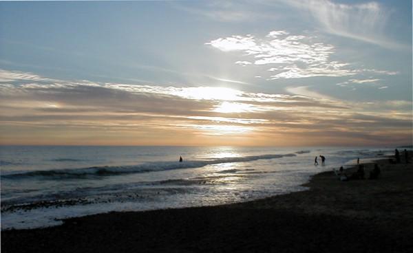 "photo ""Atardecer en la playa"" tags: landscape, sunset"