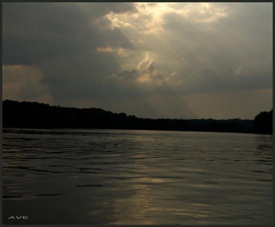 "фото ""rays"" метки: пейзаж, вода, облака"