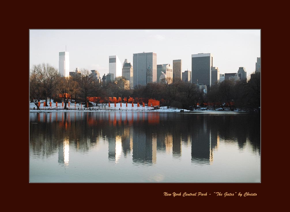 "фото ""New York - ""The Gates"" by Christo"" метки: архитектура, жанр, пейзаж,"