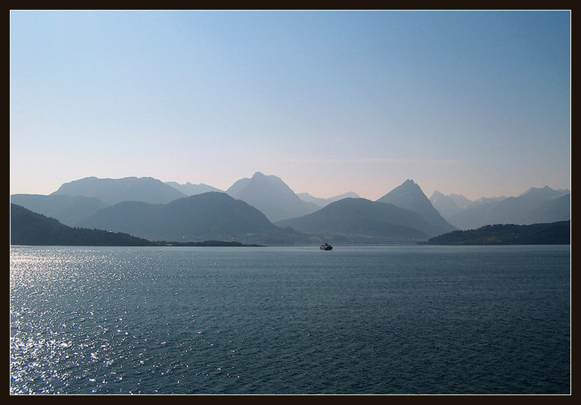 "фото ""Сияющая мечта."" метки: пейзаж, путешествия, Европа, вода"