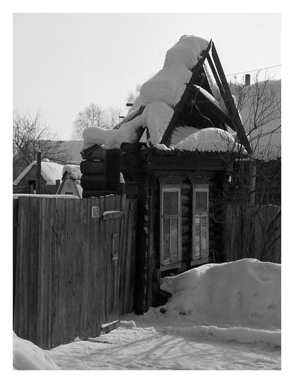 """фото """"Бывают и такие домики"""" метки: архитектура, черно-белые, пейзаж,"""