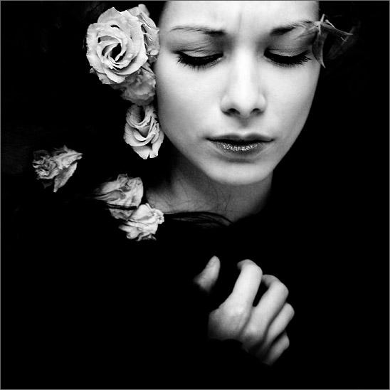 "photo ""dark ophelia"" tags: portrait, glamour, woman"