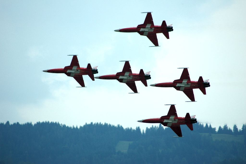 "photo ""Patrouille Suisse (1)"" tags: sport, reporting,"