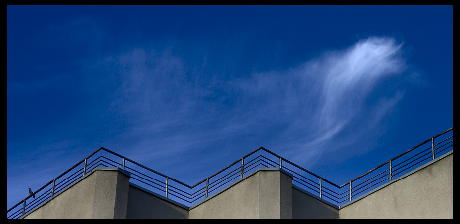 "photo ""*"" tags: architecture, abstract, landscape,"