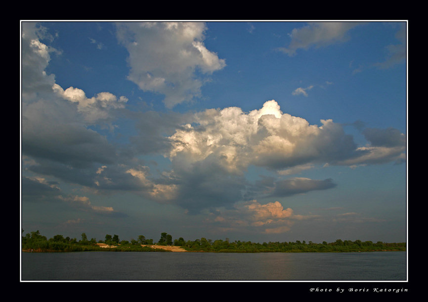 "photo ""Is cloudy"" tags: landscape, clouds, water"