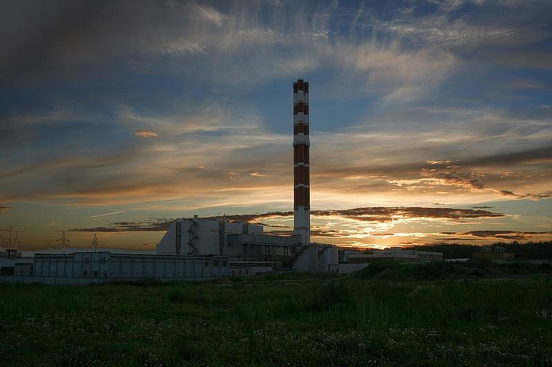 "photo ""Industrial decline"" tags: landscape, sunset"