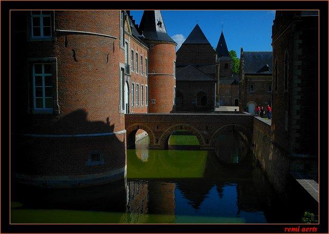 """photo """"Alden-Biezen"""" tags: landscape, architecture, water"""