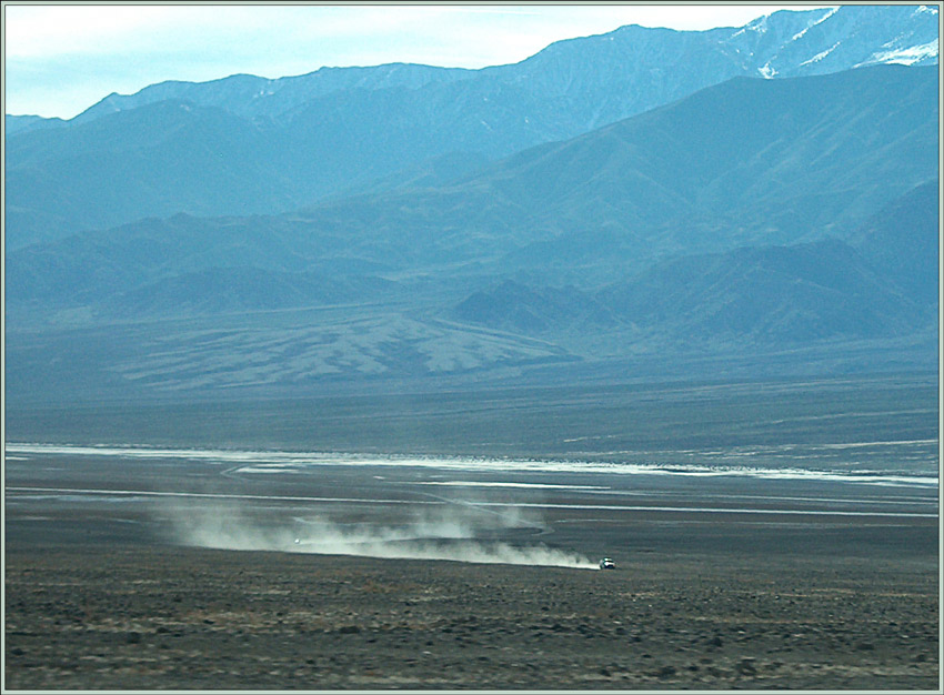 "photo ""Running car in Death Valley"" tags: travel, landscape, North America"