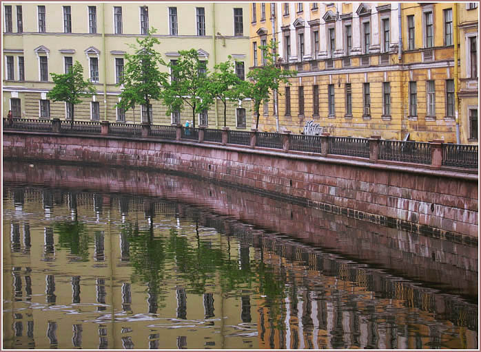 "photo ""Coloring of city"" tags: architecture, landscape, water"