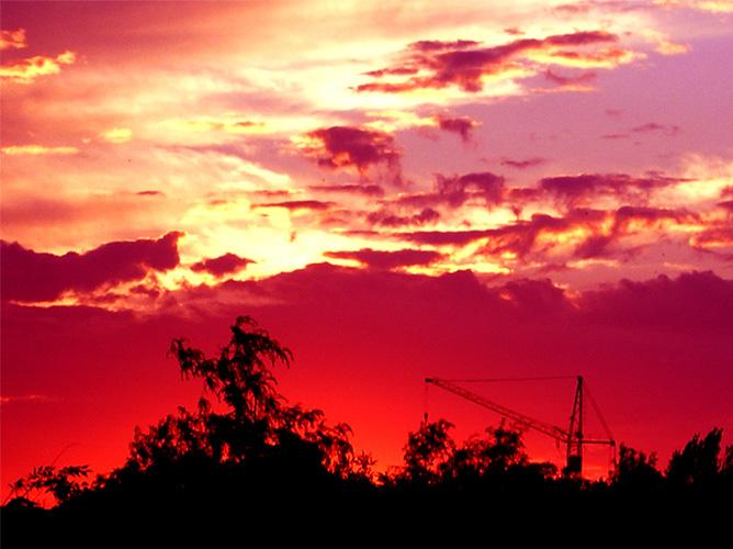 "photo ""end"" tags: landscape, clouds, sunset"