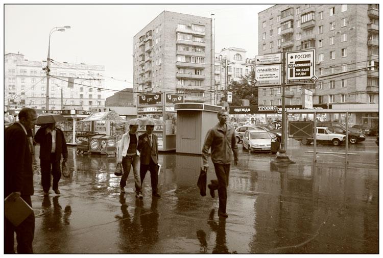 """фото """"В Москве опять дождь"""" метки: жанр, черно-белые,"""