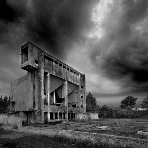 "photo ""werk"" tags: black&white, landscape,"