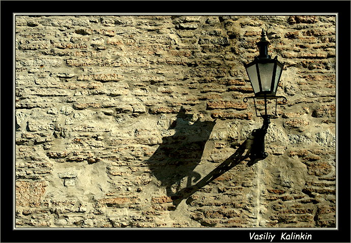 "photo ""Wall"" tags: architecture, landscape,"