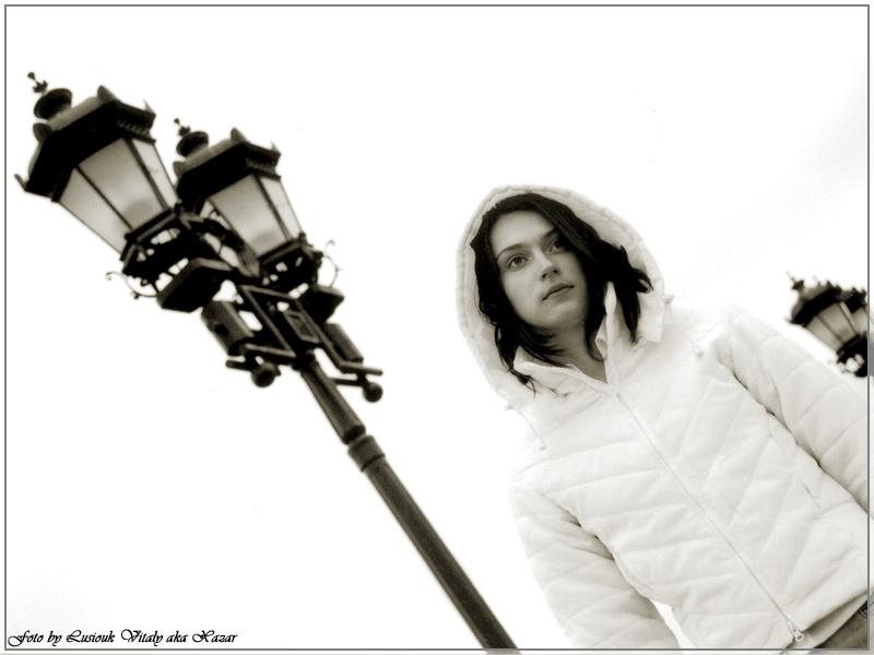 "photo ""mood"" tags: portrait, woman"