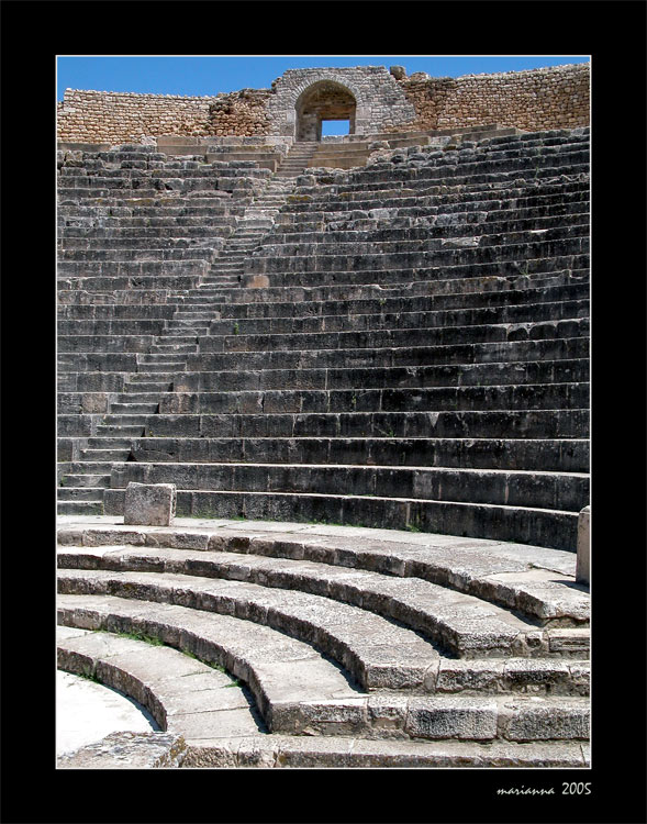 "photo ""The Amphitheatre. Tunisia"" tags: architecture, travel, landscape, Africa"