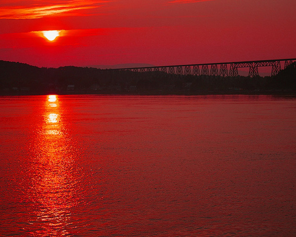 "photo ""Bridge Over The Valley Of Blood"" tags: landscape, travel, North America, sunset"
