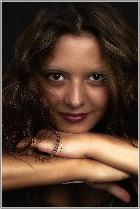 """photo """"0408152414_07"""" tags: portrait, misc., woman"""