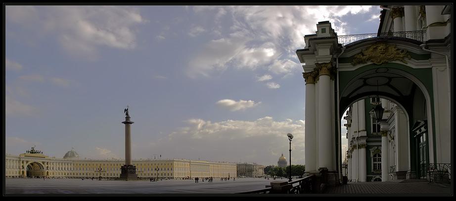 """фото """"Дворцовый луг. Пустынное место"""" метки: архитектура, пейзаж, облака"""