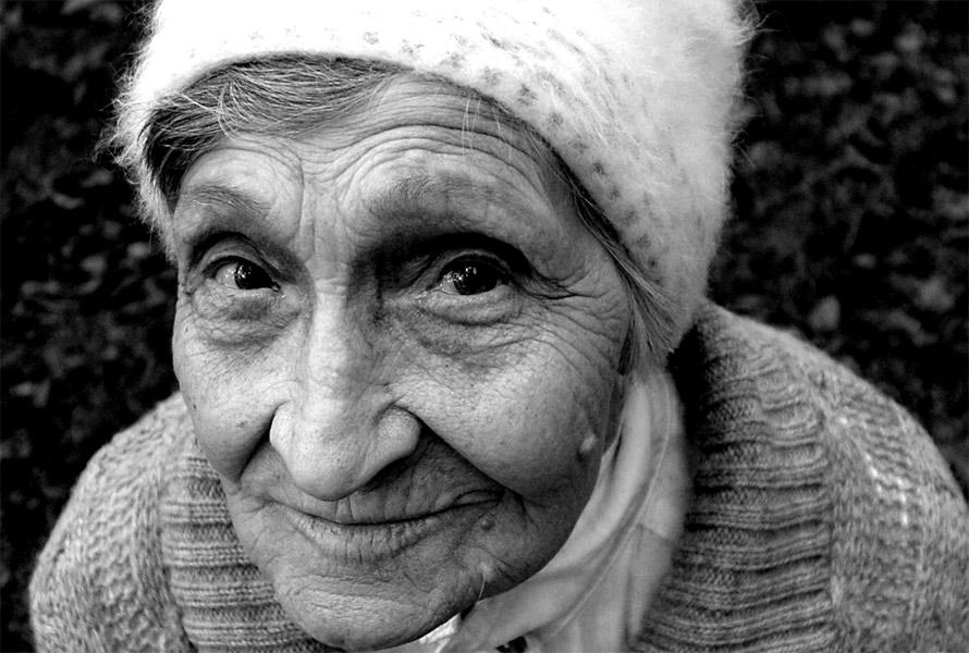 "photo ""***"" tags: black&white, portrait, woman"