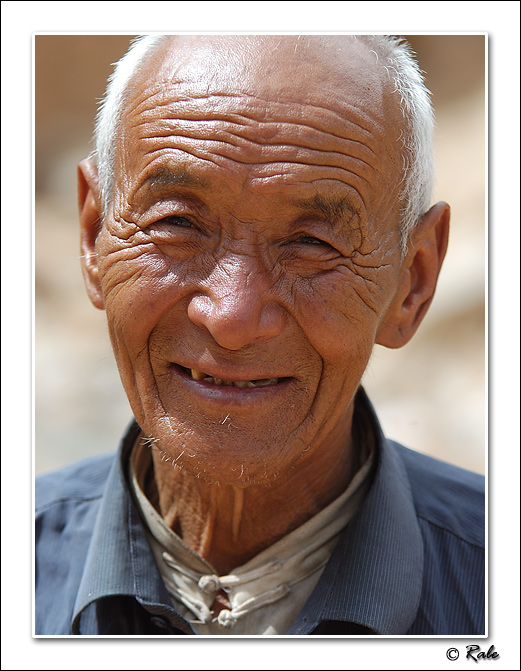 "photo ""old man"" tags: misc.,"