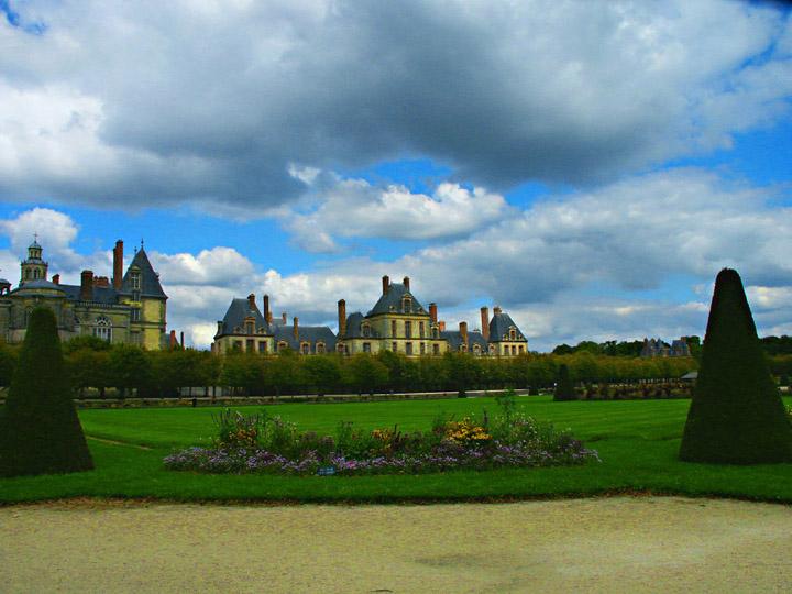 """photo """"Fontainebleau"""" tags: architecture, landscape,"""